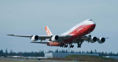 Boeing 747-l oli juubel!