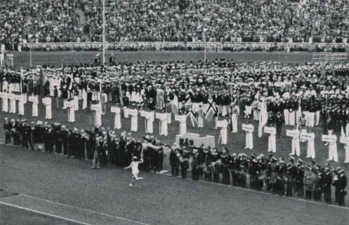 1-08-1936. Berliini suveolümpiamängude avamine. Berliini oli kogunenud ligi 4000 sportlast 51 riigist.
