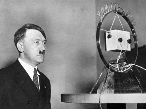 1. veebr. 1933 Hitler esineb raadios pärast võimuletulekut 30. jaanuaril 1933