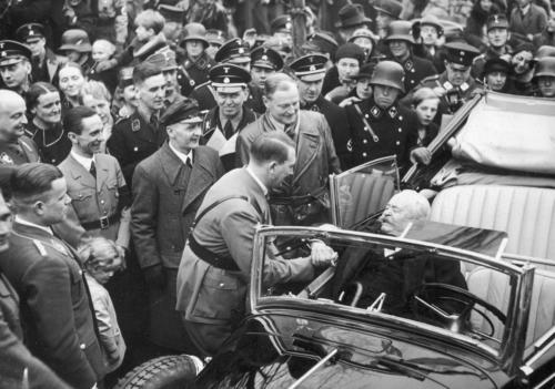 1935 01 22 - Hitler tervitab Carl Litzmanni
