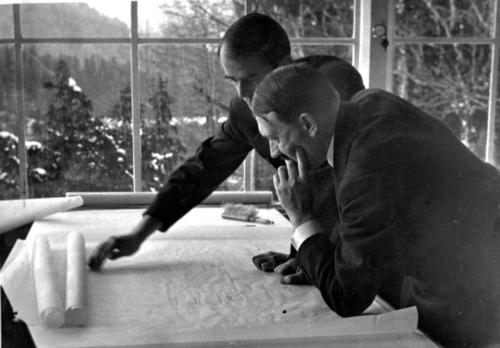 16. veebr. 1937 Speer ja Hitler Berghofis tulevikuplaane arutamas