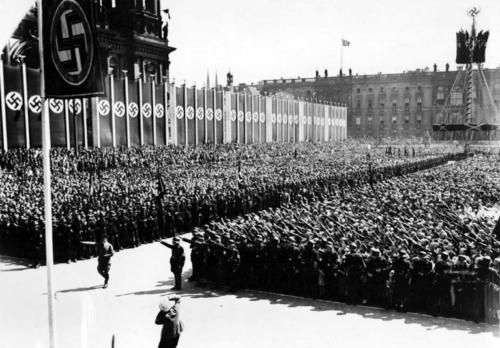 1937 05 01 - 1. mai tseremoonia Berliinis Lustgartenis
