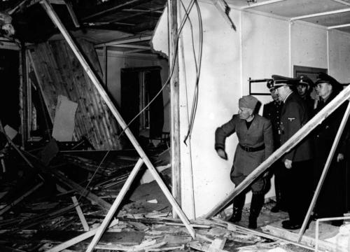 20. juuli 1944 Nõupidamisruum Hundikoopas pärast pommiplahvatust