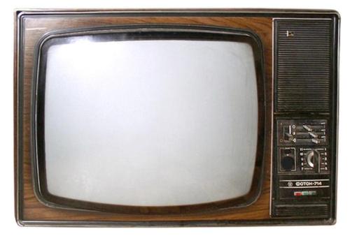 Värviteler Foton 714D aastast 1977. Teler maksis 715 rbl, kusjuures 20% ekraaanist võis olla värvilaikudega. Eriti hakkas see silma siis, kui sisse lülitada ainult punane värv. Mõõtmed 770×550×545 mm. Kaal 60 kg. Voolutarve 250 W!