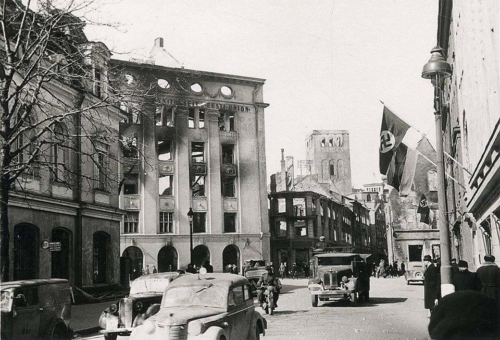 Karja tänav 1944 pärast tiblade õhurünnakut