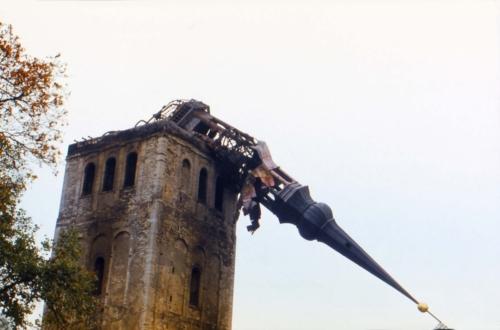 Niguliste kiriku torn pärast tulekahju 14. septembril 1982
