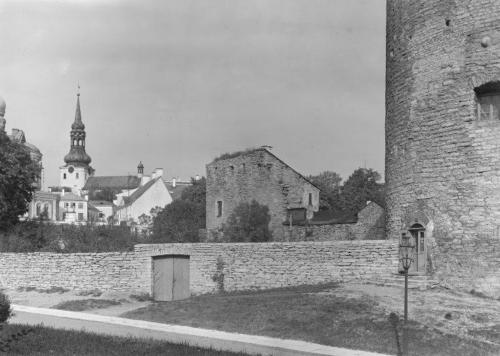 Tallinn. Vaade Kiek in de Köki torni juurest