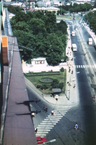 Tallinn. Vaade Urla-maja katuselt Pärnu maanteele